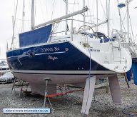 2002 Beneteau Oceanis Clipper 361 lift-keel