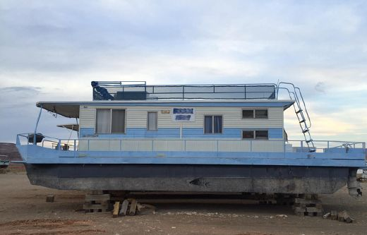 1979 Master Fabricator Pontoon Houseboat