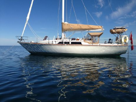 1983 C&C Yachts Landfall 38