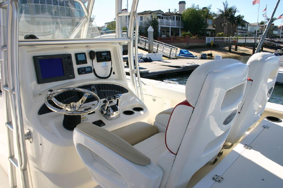 2005 Boston Whaler 320 Outrage for sale