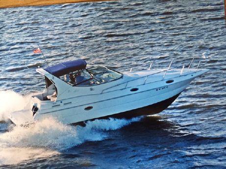 1998 Cruisers Yachts 3075 Express