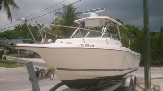 1997 Seaswirl Striper 26