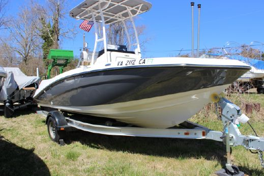 2016 Yamaha Sport Boat 190 FSH SPORT
