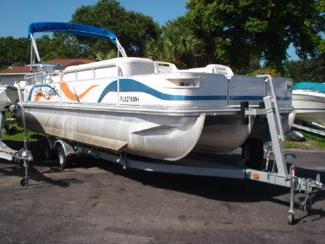 2003 Bennington 25 XL Tri Toon