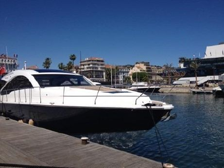 2014 Fairline Targa 62