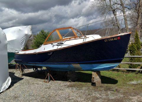 1976 Vineyard Yachts Wasque 26