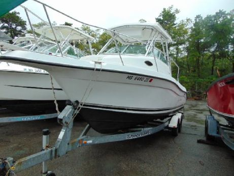 2001 Seaswirl 2300 Walk Around