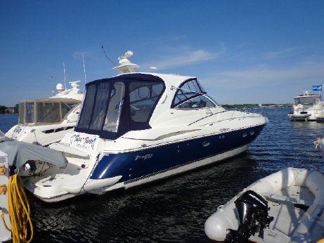 2005 Cruisers Yachts 440 EC