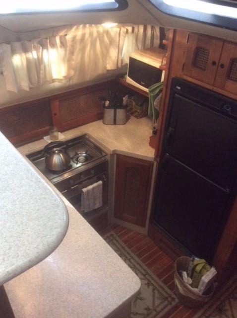 39' Lancer Yachts Motorsailor Pilothouse+Photo 16