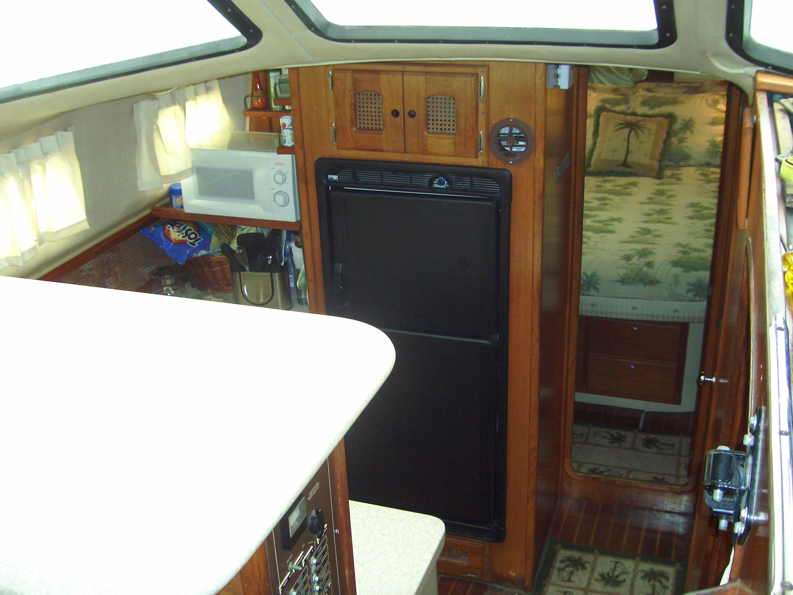 39' Lancer Yachts Motorsailor Pilothouse+Photo 20