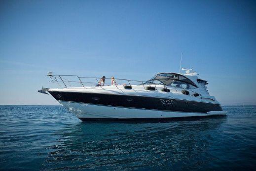 2011 Cruisers Yachts 560 Express
