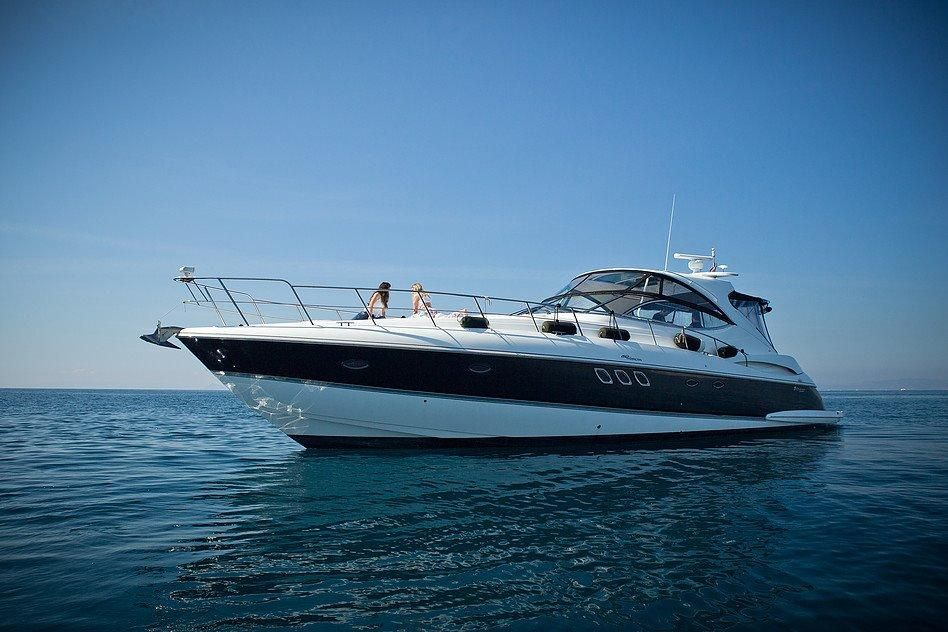 2011 Cruisers Yachts 560 Express Power Boat For Sale Www