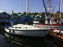1983 Newport 33 Sloop