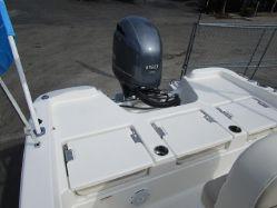 photo of  21' NAUTIC STAR 211 Angler