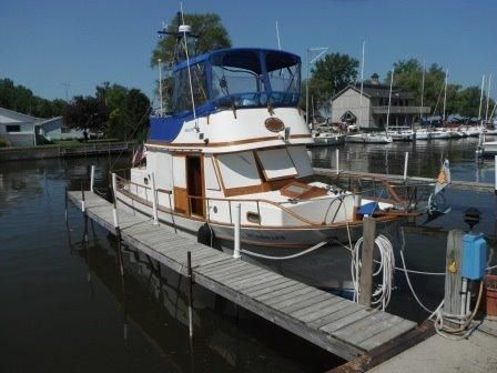 1979 Marine Trader Double Cabin
