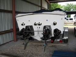 photo of  33' Avanti 33 OS