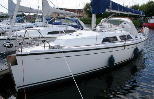 2011 Hanse 325