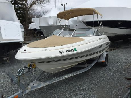 2003 Wellcraft 180 Sportsman