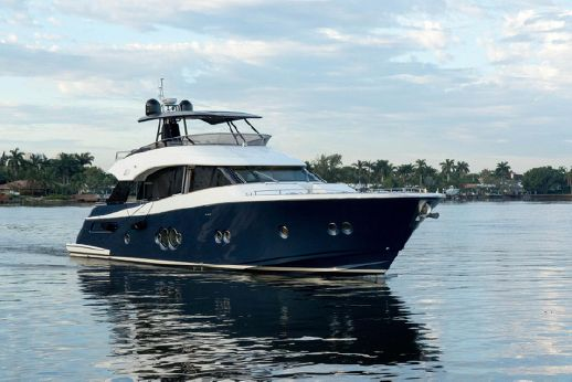 2016 Monte Carlo Yachts MCY 76