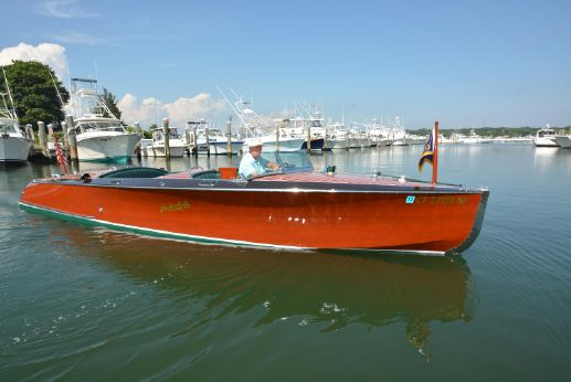 2012 Hacker-Craft 26' Runabout
