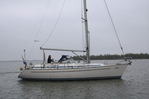 1998 Bavaria 38 Ocean
