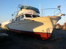 1973 Tollycraft Tri-Cabin Motor Yacht 40