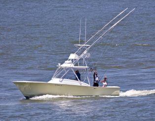 2001 Custom Carolina 34 FISH-AROUND DIESEL CUDDY
