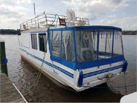 2004 Catamaran Cruisers Houseboat
