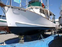 1981 Ontario Yachts Ltd. Great Lakes 33