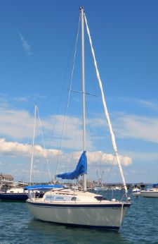 1986 O'day 272 SLOOP