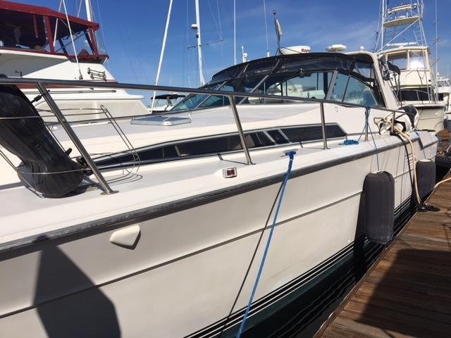 1987 Sea Ray Express Cruiser Power Boat For Sale