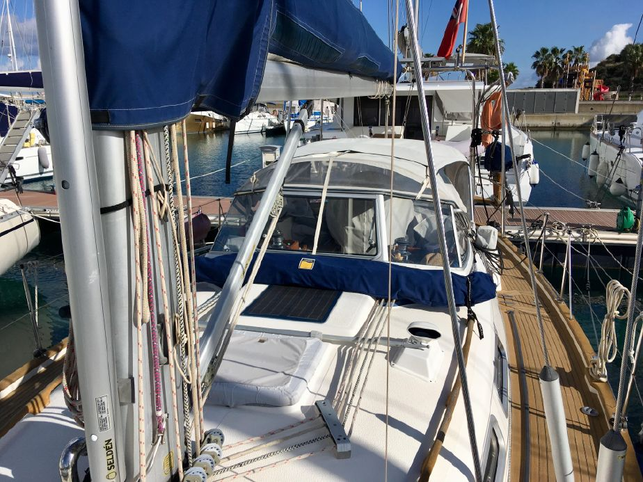 2005 Hallberg-Rassy 37 Sail New and Used Boats for Sale
