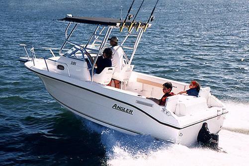 2004 Angler 2100WA