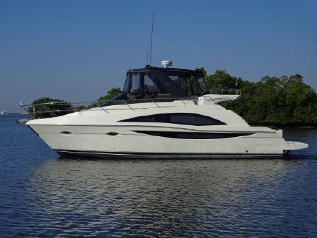 2012 Carver Yachts