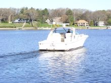 1997 Sea Ray 370 Express Cruiser