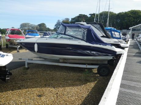 2005 Searay 220 Sunsport