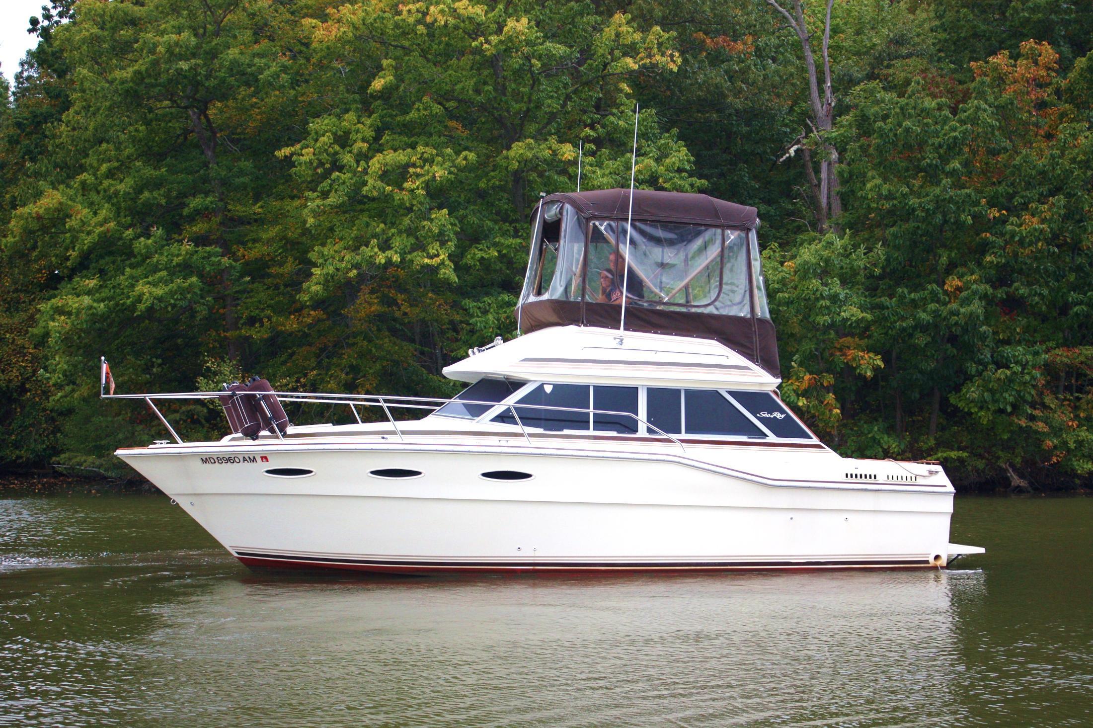 4006844_20121006114352_1_XLARGE&w=2200&h=1465&t=1410971127000 1985 sea ray 300 sedan bridge power boat for sale www yachtworld com  at eliteediting.co