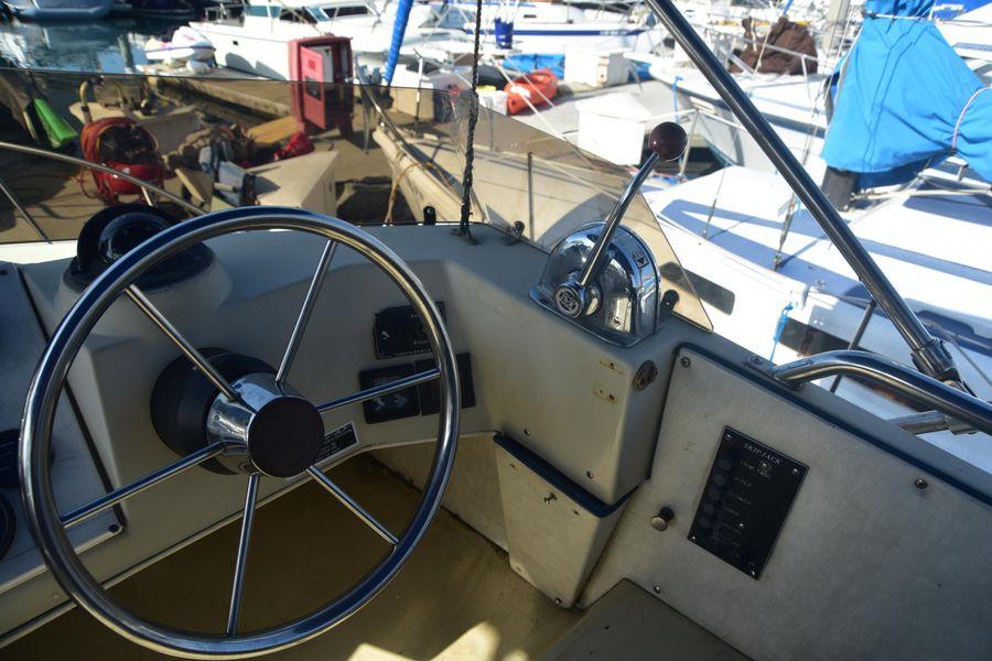 photo of Skipjack 25 Flybridge