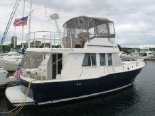 2003 Mainship 390 Trawler