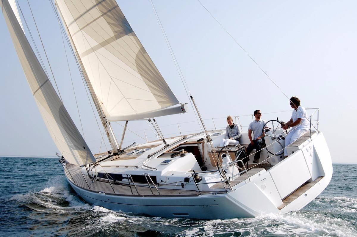 2015 Dufour 450 Purjevene Vene Myytävänä - www.yachtworld.fi