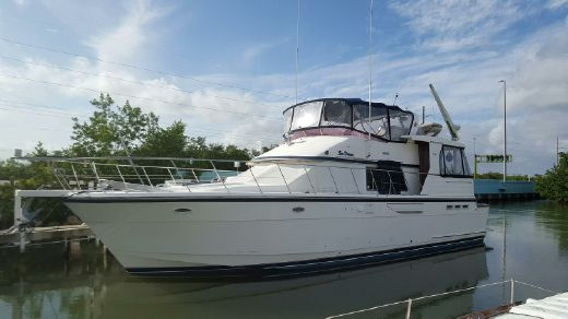 1994 52' Jefferson Rivanna Cockpit Motor Yacht