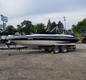 2005 Glastron 23BR