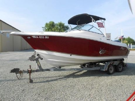 2011 Seaswirl Striper 2101 DC