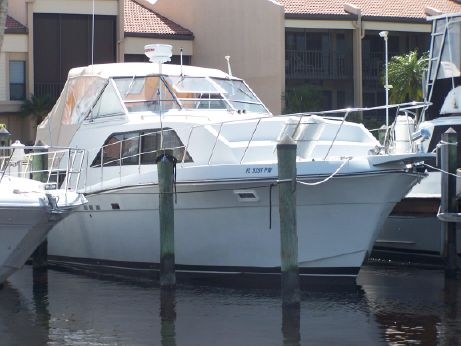 1988 Chris Craft 381 Catalina