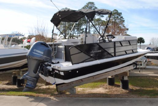 2017 Hurricane 216 Fundeck OB Pontoon Boat