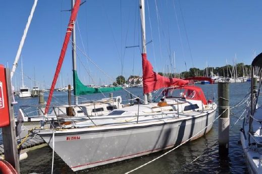 1988 O'day Sloop