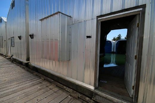 1990 52' Aluminum Boat Shed 1990 52' X 24'