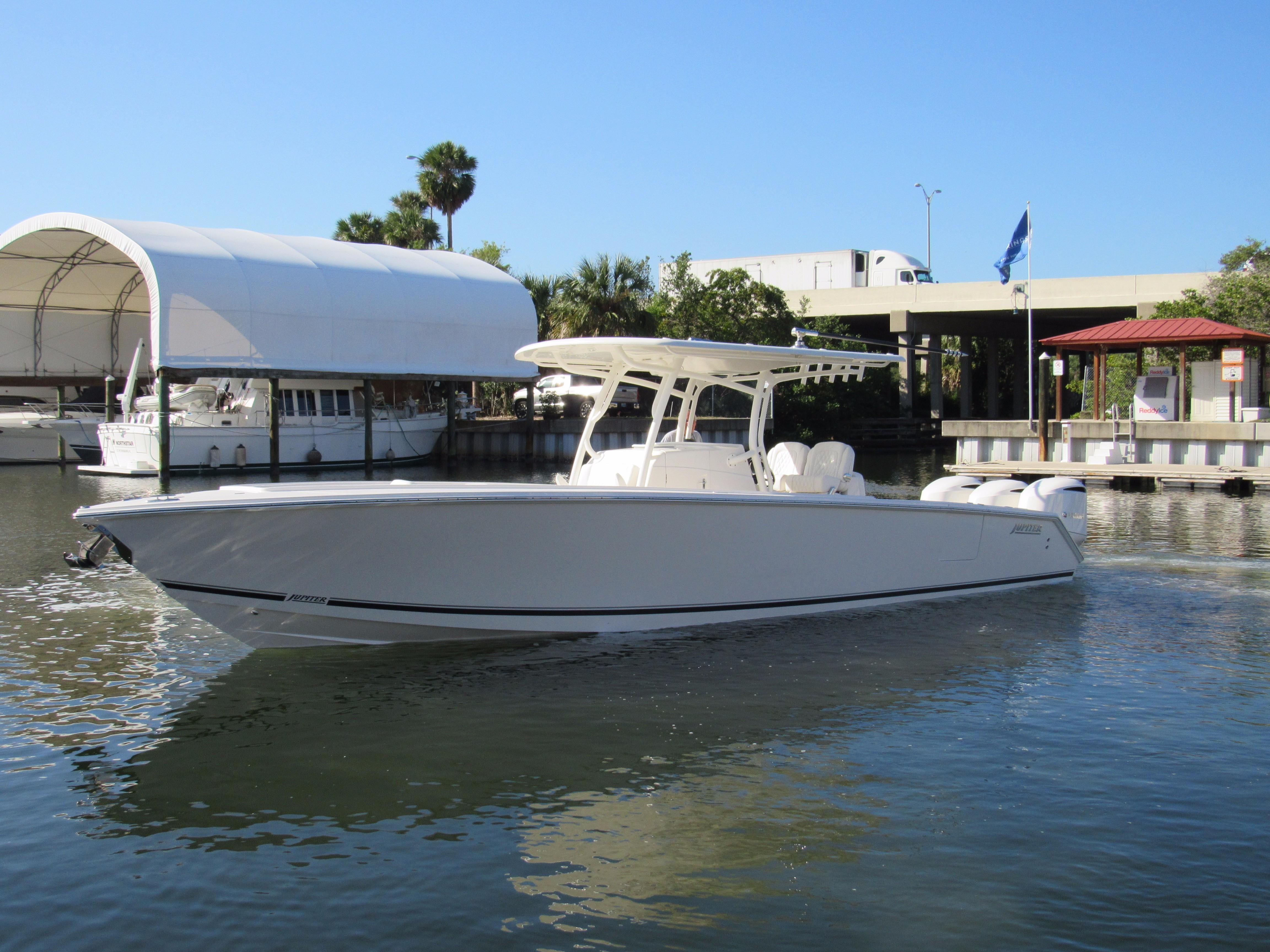 2019 Jupiter 34 HFS Power Boat For Sale - www.yachtworld.com