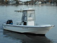 1997 Boston Whaler Outrage 210