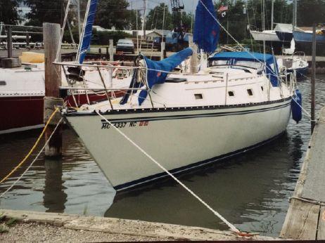 1981 Hunter Cherubini 37